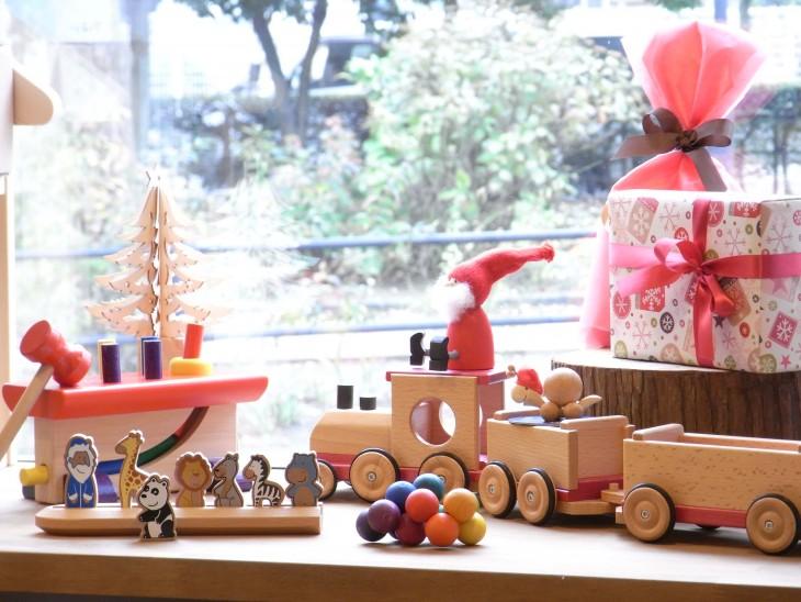 クリスマスプレゼントに木製玩具はいかがですか?@プチボナム【新宿小学校そば】