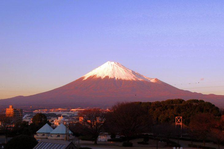 △サミット終了後には見事な「赤富士」も見ることができました。