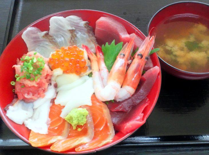 海鮮丼 (2)