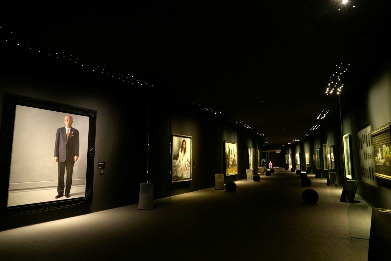 ホキ美術館の館内の写真